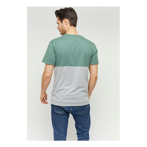 Mazine Utica (forest) – T-Shirt