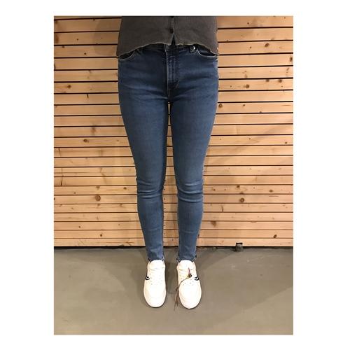 K.O.I Juno High (Mid Blue) – Jeans