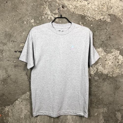 Primitive Dirty P Humming (ath) -T-Shirt