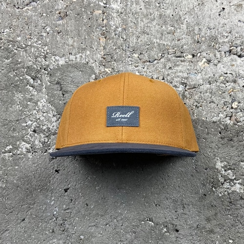 Reell Suede (yellow brown) – Cap